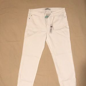 NWT Just Black, skinny white jeans